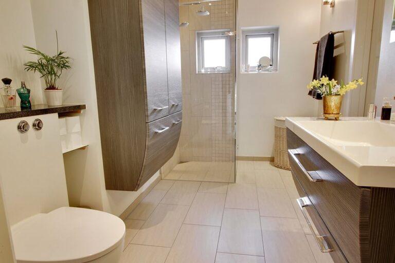 Nyrenoveret badeværelse